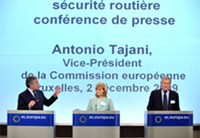 In the photograph, from the left: Antonio Tajani, vice-president of the European Commission, Michèle Merli, French inter-ministerial delegate for road safety, and Francesco Gori, managing director of Pirelli Tyre, director general of Tyre and Parts and president of the ETRMA.